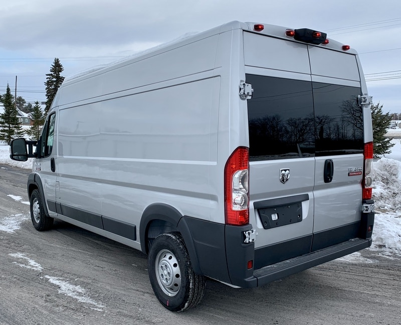 2018 ProMaster 2500 High Roof FWD,  Empty Cargo Van #T18357 - photo 3