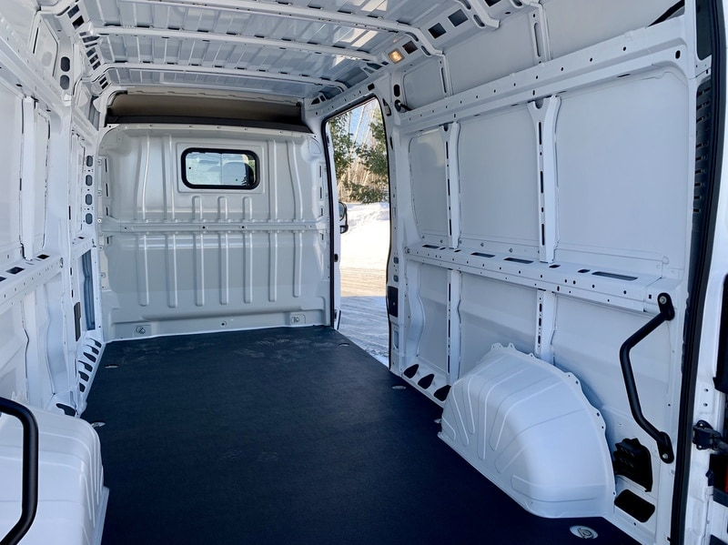 2018 ProMaster 2500 High Roof FWD,  Empty Cargo Van #T18364 - photo 2