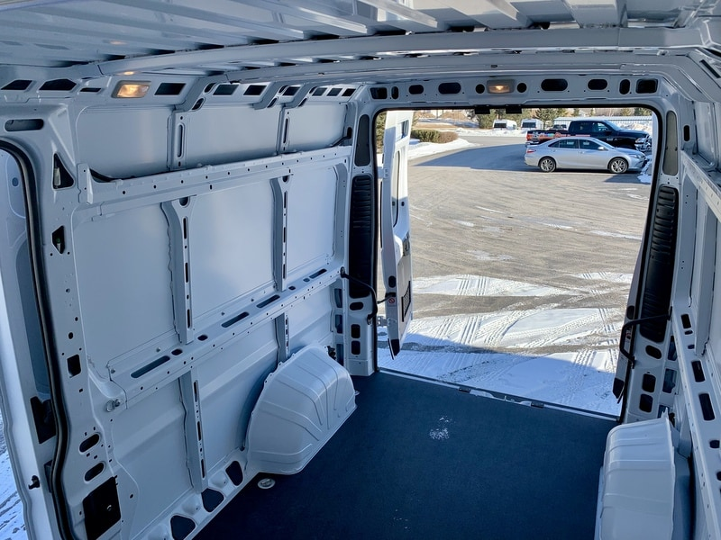 2018 ProMaster 2500 High Roof FWD,  Empty Cargo Van #T18364 - photo 8