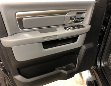 2018 Ram 1500 Crew Cab 4x4 Pickup #T1842 - photo 5