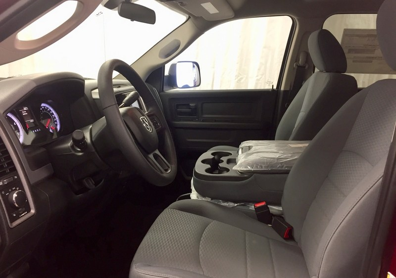 2018 Ram 3500 Crew Cab 4x4,  Pickup #T1865 - photo 5