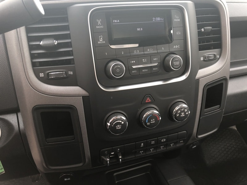 2018 Ram 5500 Regular Cab DRW 4x4, Cab Chassis #T1895 - photo 3
