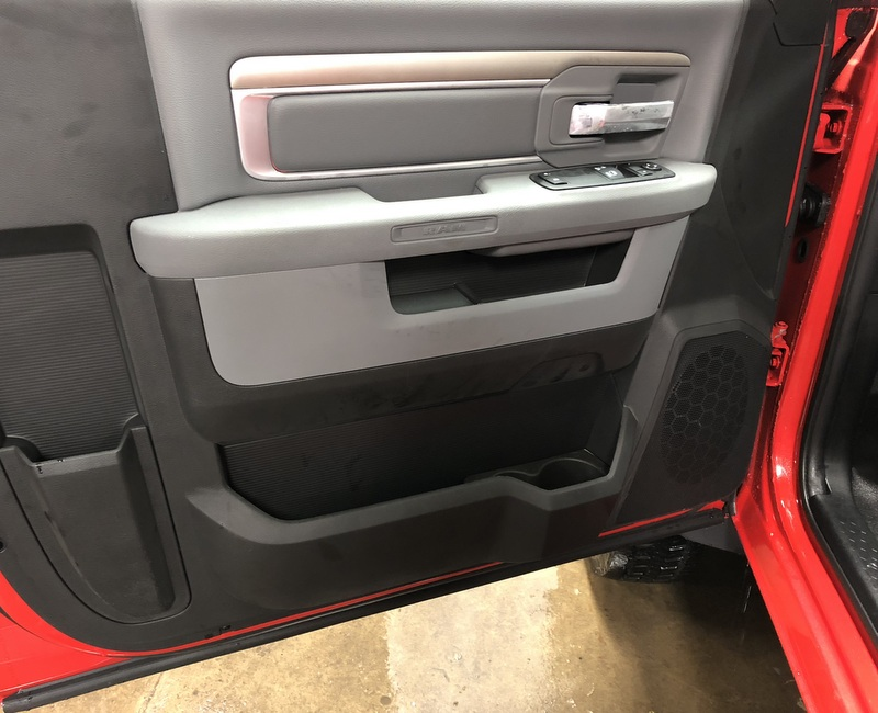 2018 Ram 5500 Regular Cab DRW 4x4, Cab Chassis #T1895 - photo 5