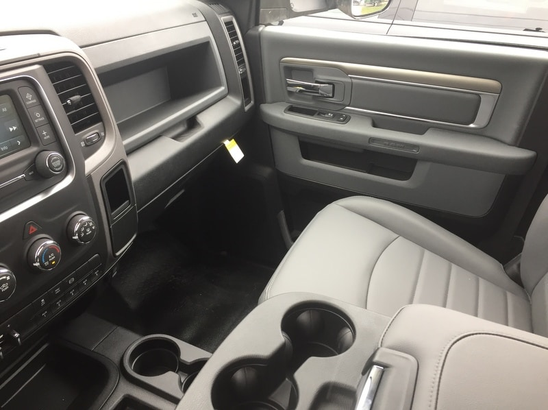 2018 Ram 3500 Regular Cab DRW 4x4, Platform Body #T1898 - photo 9