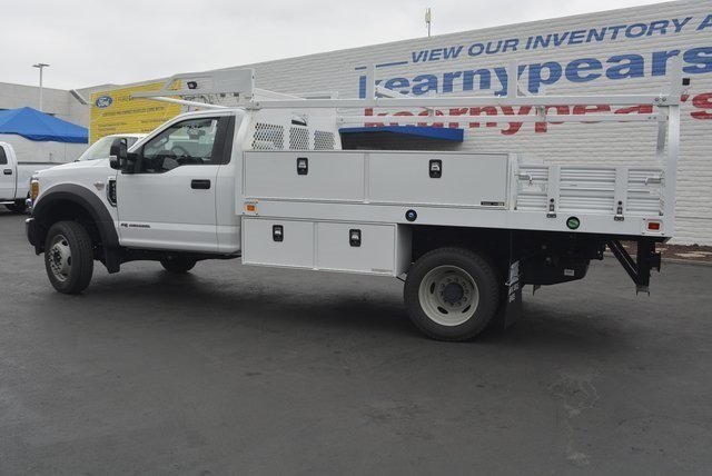 2017 F-450 Regular Cab DRW 4x2,  Knapheide Contractor Body #1082139 - photo 2