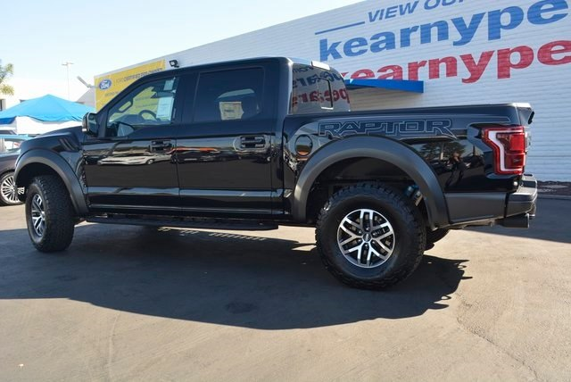2018 F-150 Crew Cab 4x4, Pickup #1090802 - photo 2