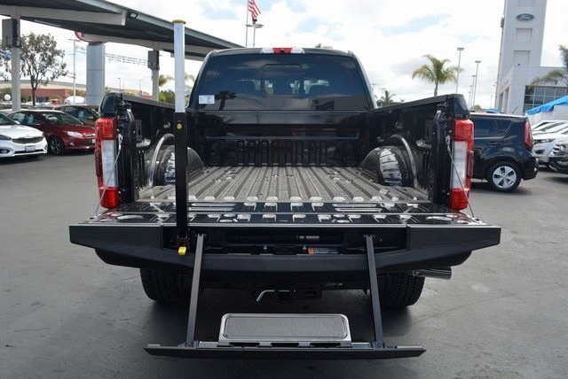2018 F-250 Crew Cab 4x4,  Pickup #1091505 - photo 25
