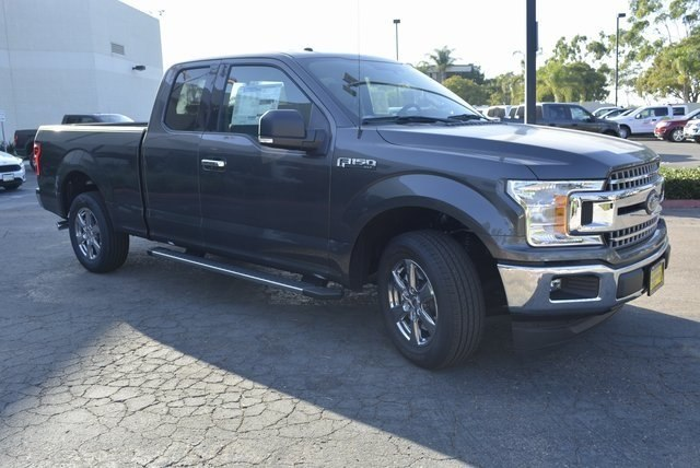 2018 F-150 Super Cab 4x2,  Pickup #1092673 - photo 4