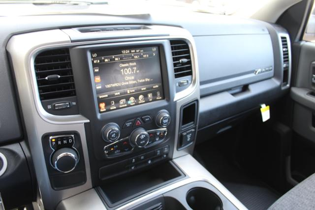 2017 Ram 1500 Crew Cab, Pickup #ND6734 - photo 23