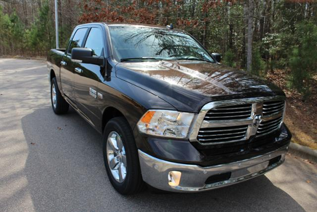 2017 Ram 1500 Crew Cab, Pickup #ND6734 - photo 26