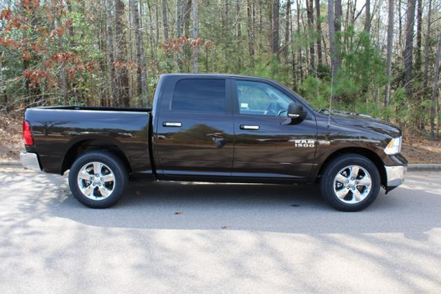 2017 Ram 1500 Crew Cab, Pickup #ND6734 - photo 8