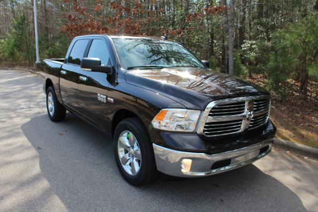 2017 Ram 1500 Crew Cab, Pickup #ND6734 - photo 9