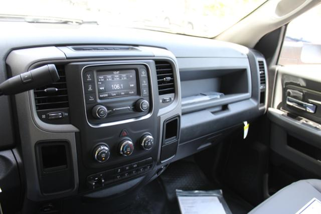 2017 Ram 3500 Regular Cab DRW, Knapheide Service Utility Van #ND6771 - photo 19