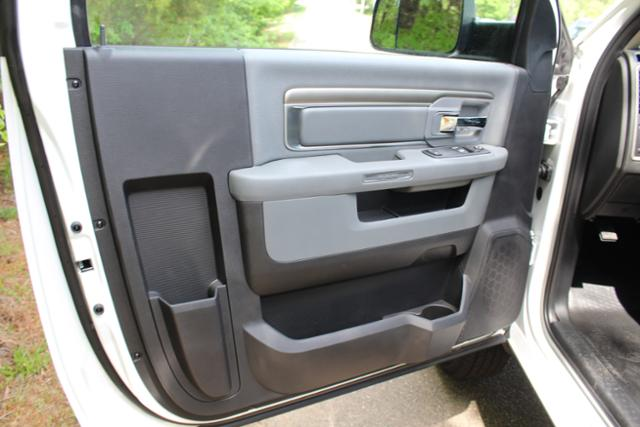 2017 Ram 3500 Regular Cab DRW, Knapheide Service Utility Van #ND6772 - photo 11
