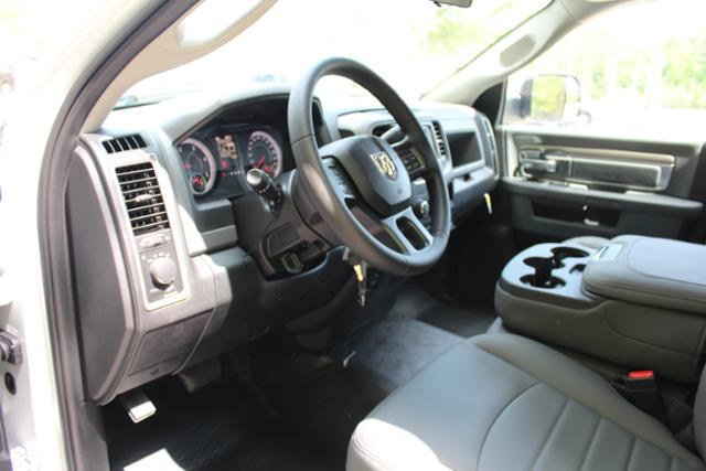 2017 Ram 3500 Regular Cab DRW, Knapheide Service Utility Van #ND6772 - photo 13