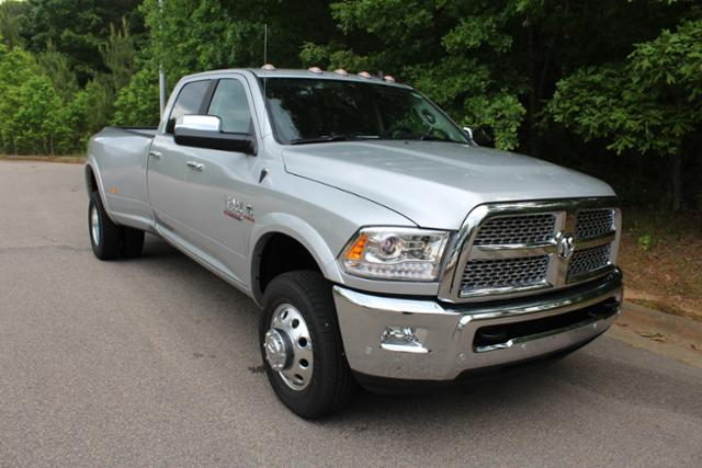 2017 Ram 3500 Crew Cab DRW 4x4 Pickup #ND6896 - photo 31