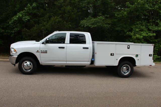 2017 Ram 3500 Crew Cab DRW, Knapheide Service Body #ND6920 - photo 3
