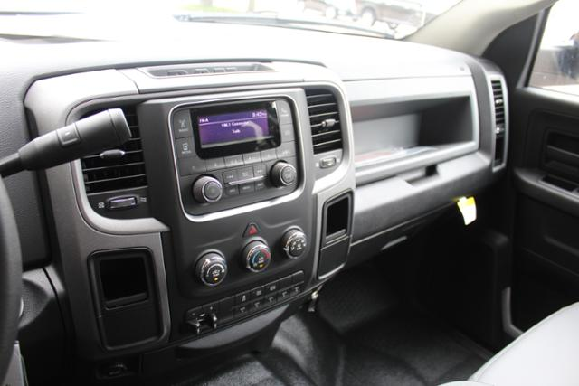 2017 Ram 3500 Crew Cab DRW, Knapheide Service Body #ND6920 - photo 21