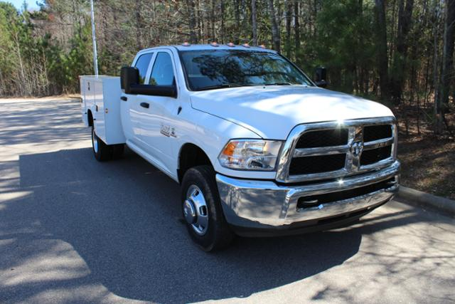 2017 Ram 3500 Crew Cab DRW, Knapheide Service Body #ND6920 - photo 24