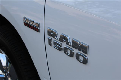 2017 Ram 1500 Crew Cab 4x4 Pickup #ND7210 - photo 8