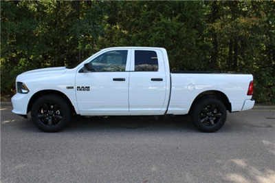 2018 Ram 1500 Quad Cab, Pickup #ND7271 - photo 3