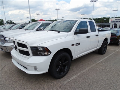 2018 Ram 1500 Quad Cab 4x2,  Pickup #ND7271 - photo 1