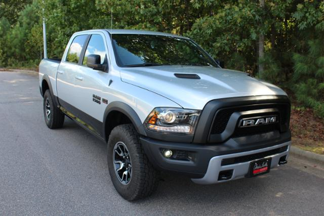 2017 Ram 1500 Crew Cab 4x4 Pickup #ND7287 - photo 10