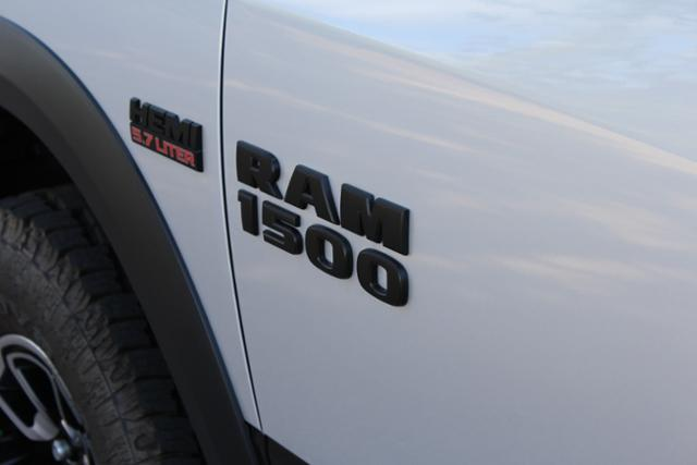 2017 Ram 1500 Crew Cab 4x4 Pickup #ND7287 - photo 7
