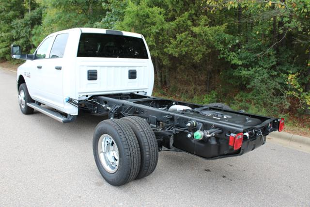 2018 Ram 3500 Crew Cab DRW 4x4 Cab Chassis #ND7291 - photo 2