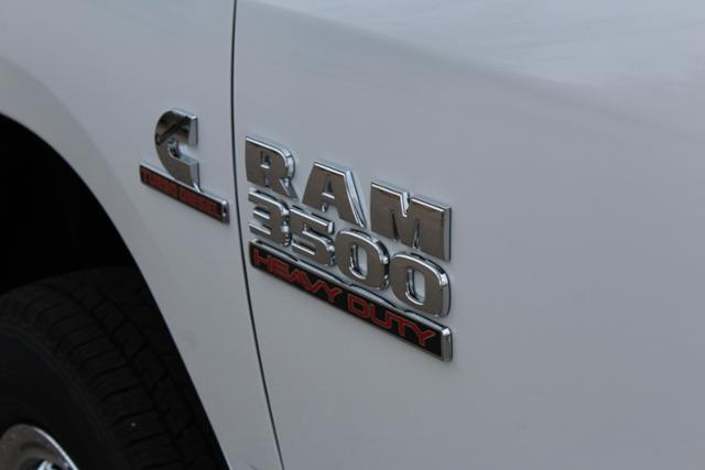 2018 Ram 3500 Crew Cab DRW 4x4 Cab Chassis #ND7291 - photo 7