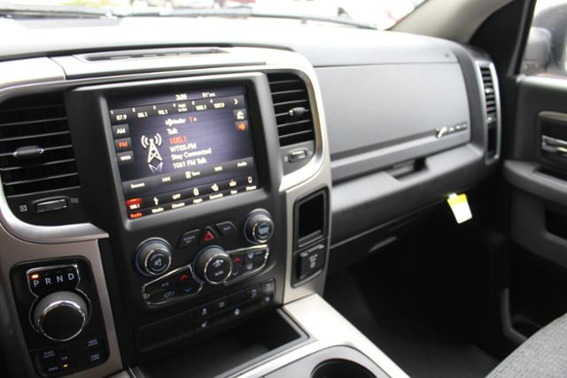 2018 Ram 1500 Crew Cab 4x4, Pickup #ND7332 - photo 26