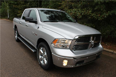 2018 Ram 1500 Crew Cab 4x4, Pickup #ND7332 - photo 29