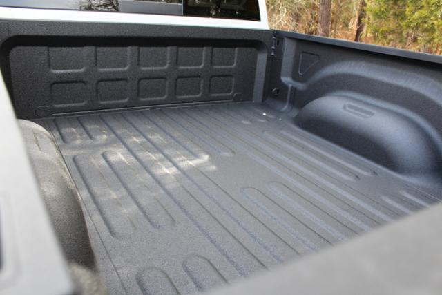 2018 Ram 2500 Crew Cab 4x4, Pickup #ND7334 - photo 6