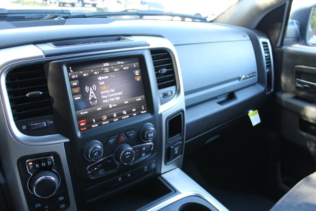 2018 Ram 1500 Crew Cab 4x4 Pickup #ND7340 - photo 25