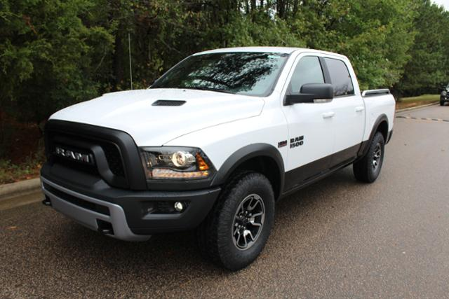 2018 Ram 1500 Crew Cab 4x4 Pickup #ND7365 - photo 1