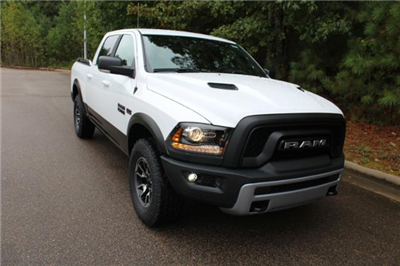 2018 Ram 1500 Crew Cab 4x4 Pickup #ND7365 - photo 29