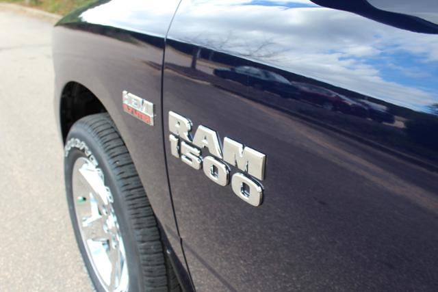 2018 Ram 1500 Quad Cab Pickup #ND7378 - photo 7