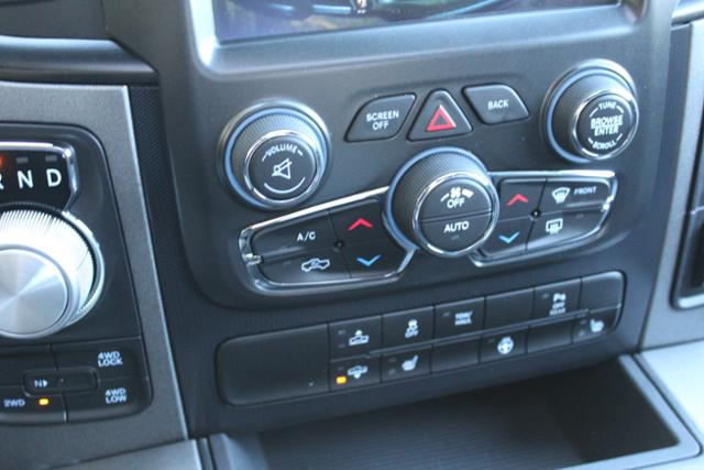 2018 Ram 1500 Crew Cab 4x4 Pickup #ND7387 - photo 29