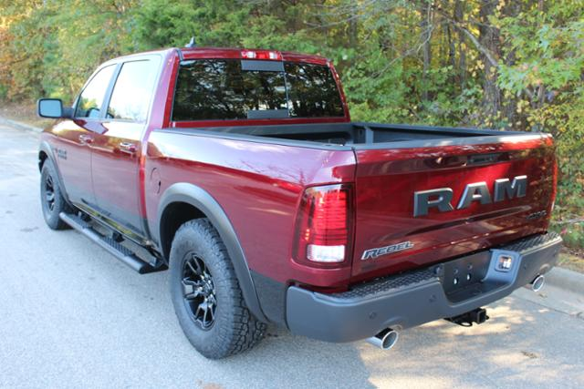 2018 Ram 1500 Crew Cab 4x4 Pickup #ND7387 - photo 2