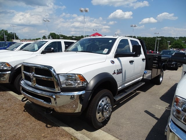2018 Ram 4500 Crew Cab DRW 4x4,  Knapheide Platform Body #ND7416 - photo 3