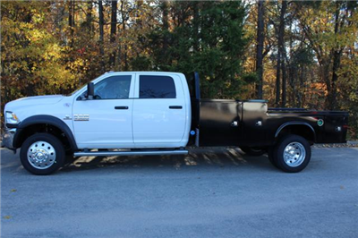 2018 Ram 4500 Crew Cab DRW 4x4, Knapheide PGND Gooseneck Platform Body #ND7416 - photo 3