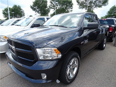 2018 Ram 1500 Quad Cab 4x2,  Pickup #ND7422 - photo 1