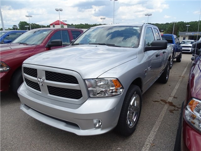 2018 Ram 1500 Quad Cab 4x2,  Pickup #ND7441 - photo 3