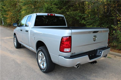 2018 Ram 1500 Quad Cab, Pickup #ND7441 - photo 2