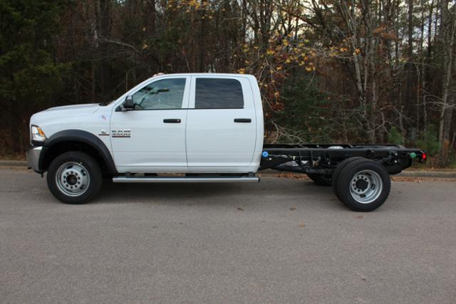 2018 Ram 4500 Crew Cab DRW 4x4 Cab Chassis #ND7469 - photo 3