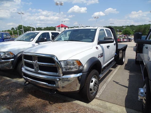 2018 Ram 4500 Crew Cab DRW 4x4,  Knapheide Platform Body #ND7469 - photo 3