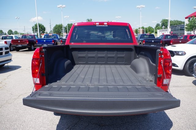 2018 Ram 1500 Crew Cab 4x2,  Pickup #ND7479 - photo 6