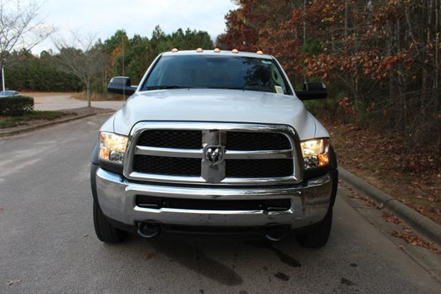 2018 Ram 5500 Crew Cab DRW 4x4 Cab Chassis #ND7484 - photo 11