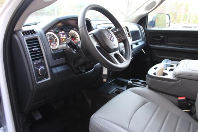 2018 Ram 5500 Crew Cab DRW 4x4 Cab Chassis #ND7484 - photo 14