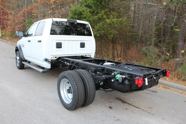 2018 Ram 5500 Crew Cab DRW 4x4 Cab Chassis #ND7484 - photo 2